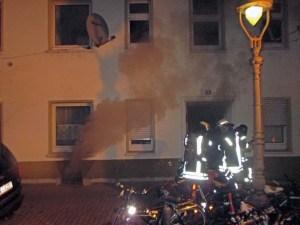 Umfangreiche Menschenrettung nach Kellerbrand in Mainz