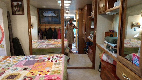 RV bedroom decor