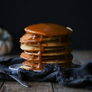 Vegan Pumpkin Spice Pancakes & Pumpkin Maple Syrup