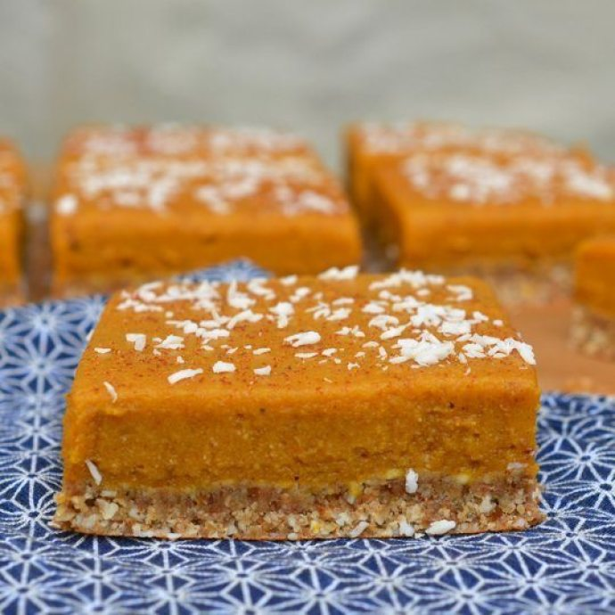 15 Must-Try Healthy Pumpkin Recipes To Celebrate Fall | Chai Spiced Pumpkin Bars from The Kitchn