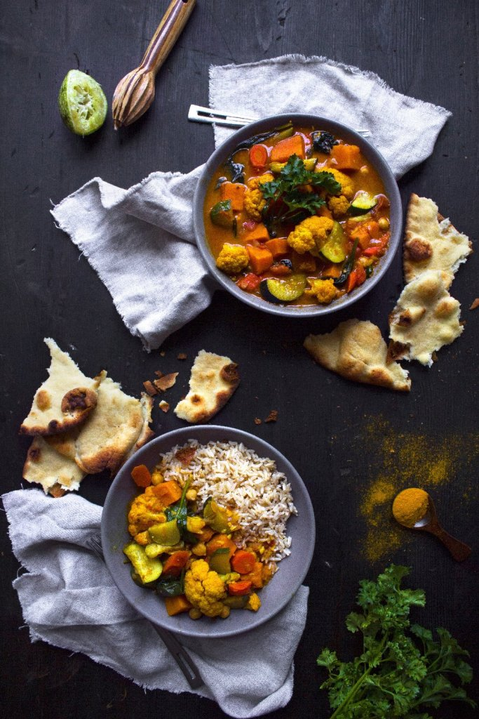 Vegetable-Curry-On-the-table
