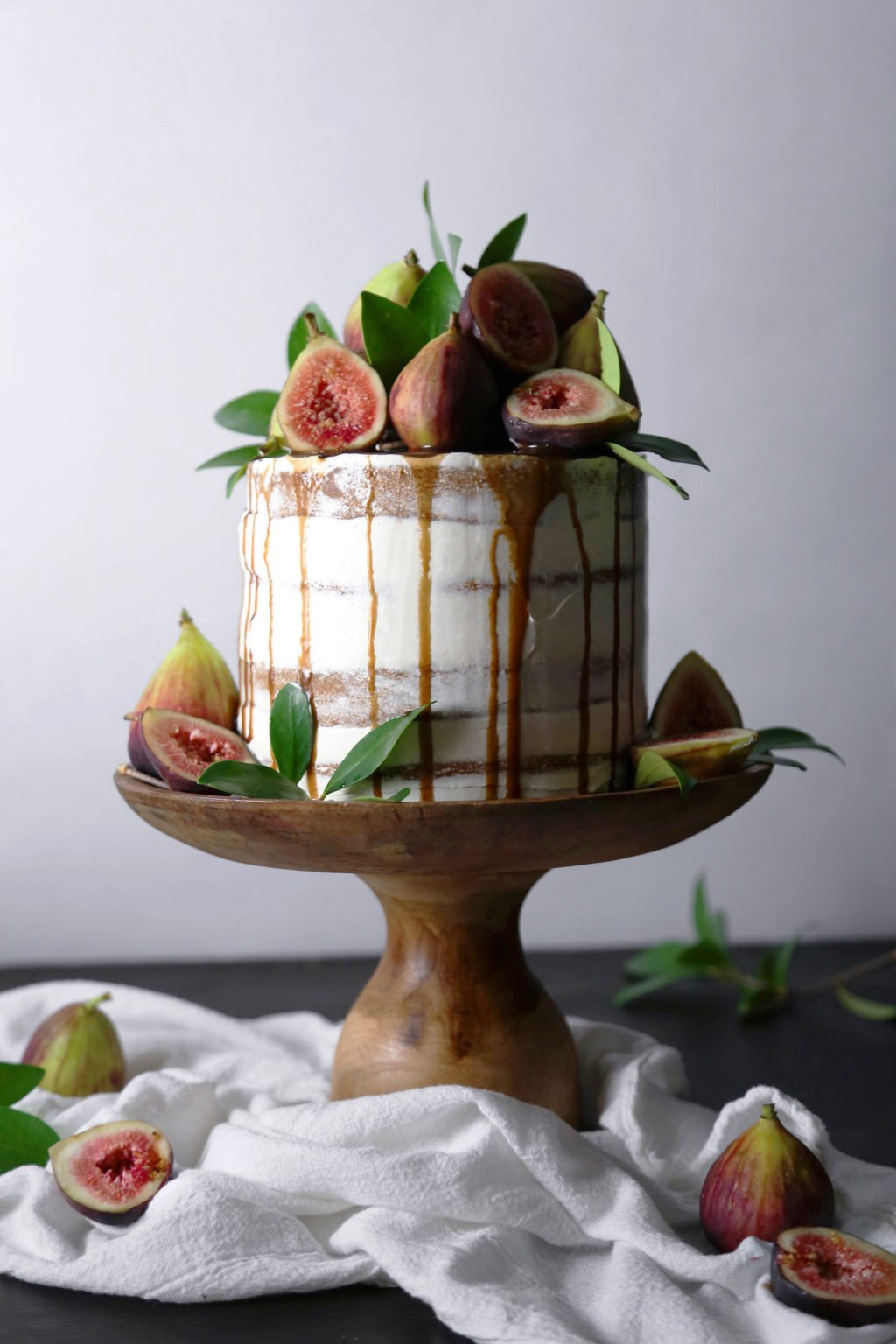 Chai Spiced Cake With Fresh Figs And Caramel Wife Mama