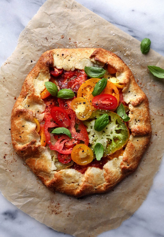 Grain-Free Heirloom Tomato Galette with Cashew Cream | Wife Mama Foodie