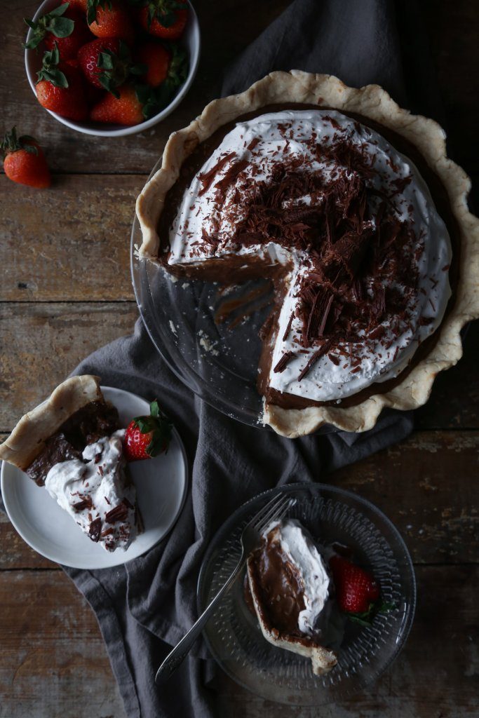 Chocolate Pudding Pie | Gluten, dairy, and refined sugar free.