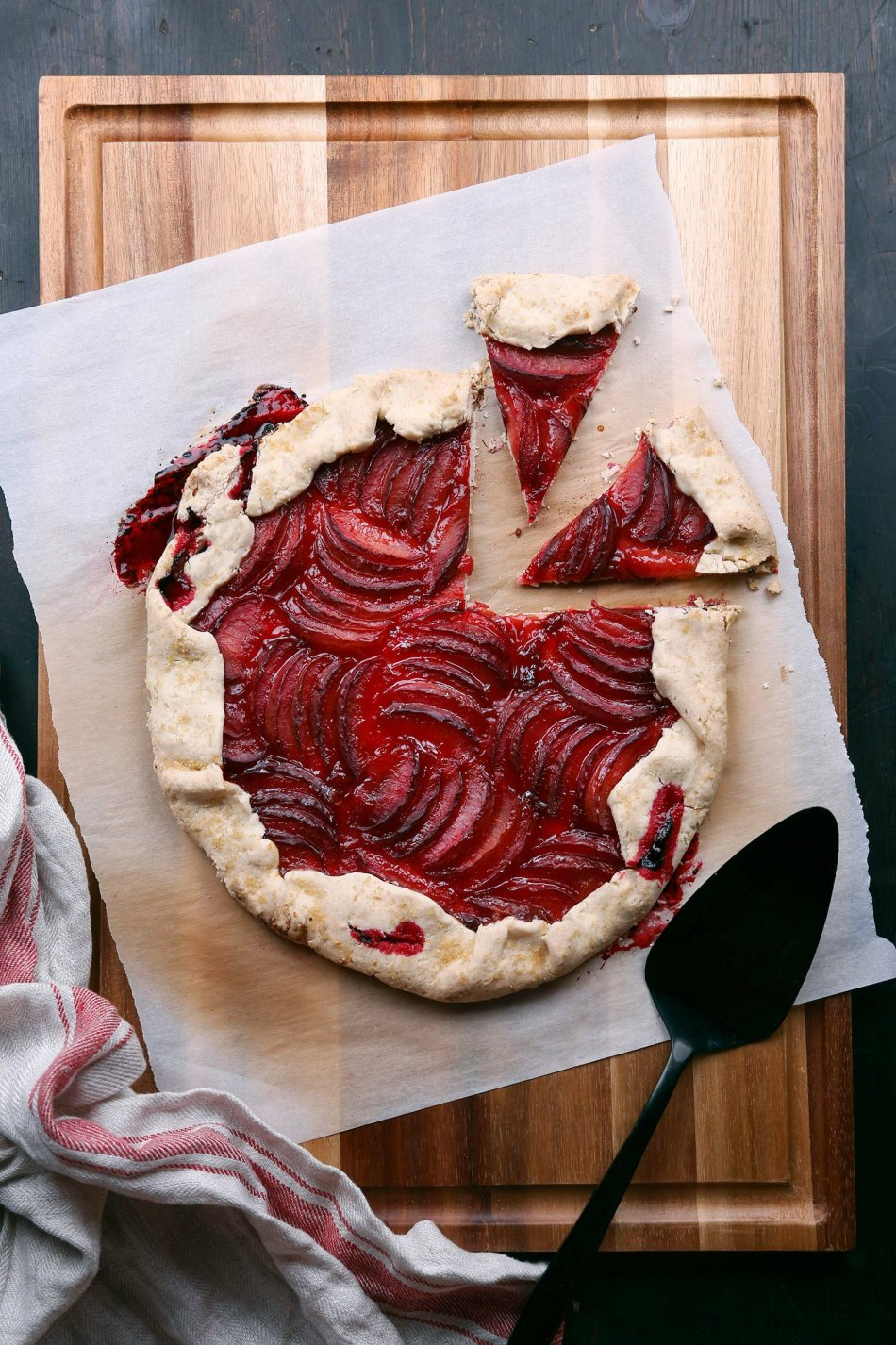 Rustic Plum Tart | Vegan friendly with gluten free option.