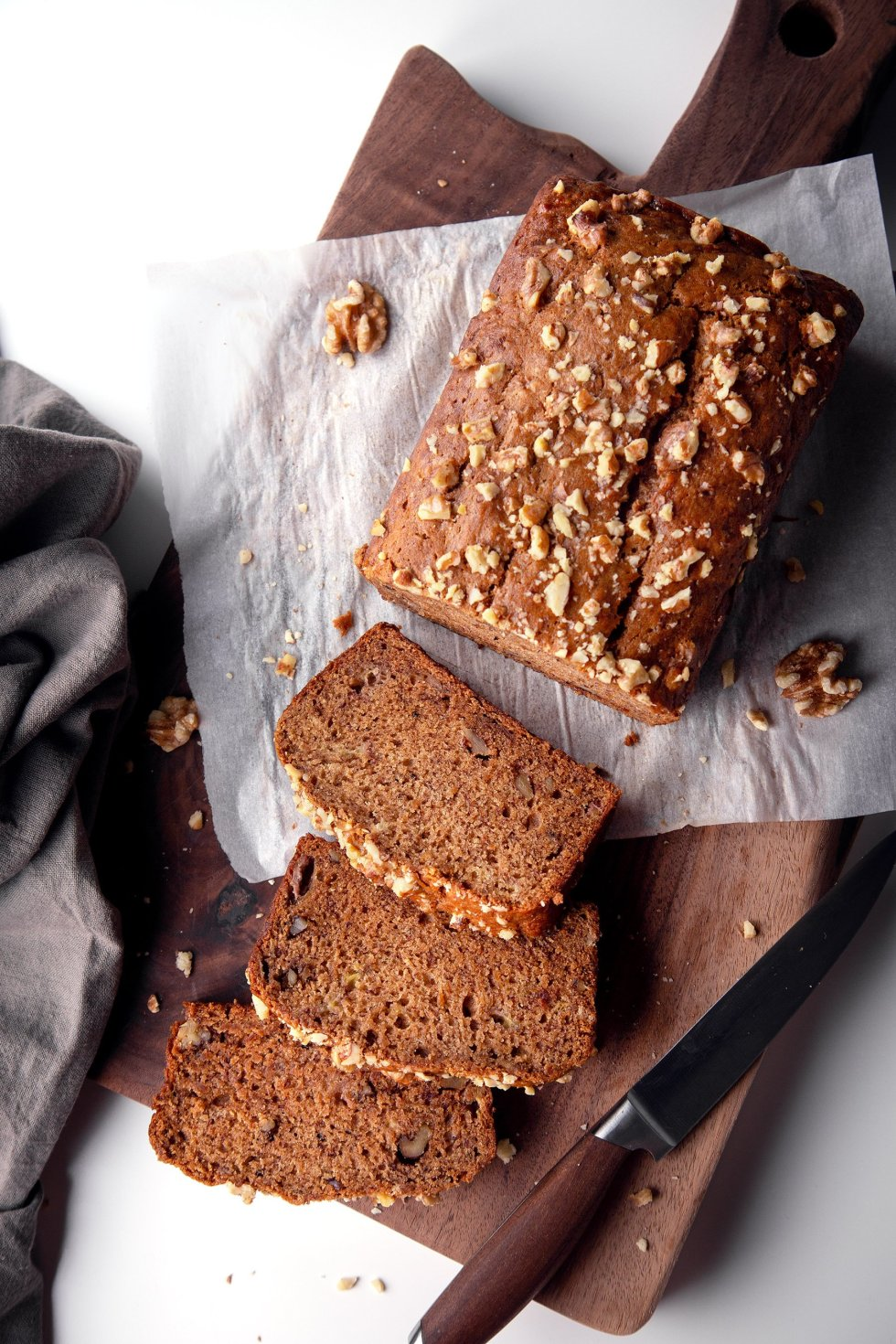 One-Bowl Banana Bread | Vegan friendly and free of gluten, dairy, eggs, and refined sugar.