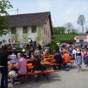 Viele Besucher auf dem Maibaumfest