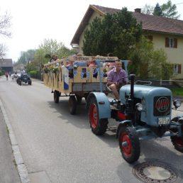 Der von der Jugend selbst gebaute Festwagen