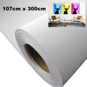 Maliarske plátno na rolke. Farba- biela. Zloženie- 100% polyester. Gramáž- 260g/m2 Rozmer: 107cm x 300cm.