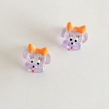 Krásny detský štipec do vlasov v tvare Minnie Mouse. Vhodný pre deti aj dospelé ženy. Farba- fialová. Rozmer: 3cm