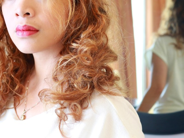 how to style naturally curly hair (with pictures) - wikihow