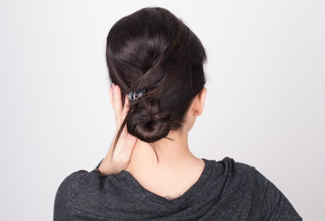 3 ways to do hair styles with a bump - wikihow