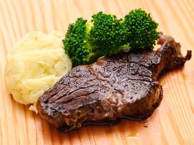 Steaks im Ofen zubereiten