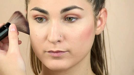 How To Apply Foundation And Powder