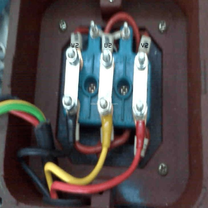 Wiring Star Delta Motor Listrik Dinamo 3 Phase - Foto fisik Koneksi Delta Motor 3 Fasa bisa perhatikan warna kabel dalam merangkai