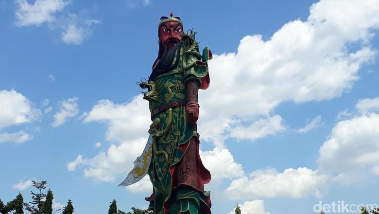 Patung Khong Co