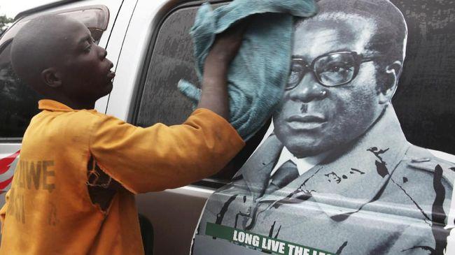 Partai Penguasa Zimbabwe Copot Mugabe dari Jabatan Ketua Umum