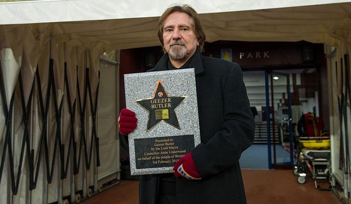Geezer Butler é homenageado no Birmingham Walk Of Stars