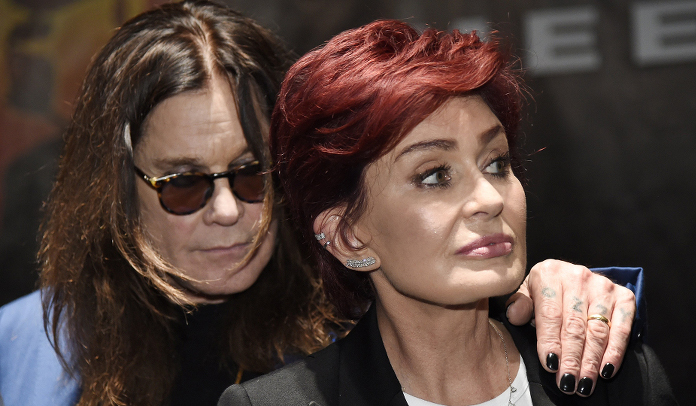 """Ozzy está sendo chantageado"" afirma Sharon Osbourne"