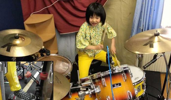 """Garota de 8 anos impressiona ao tocar """"Good Times Bad Times"""" do Led Zeppelin"""