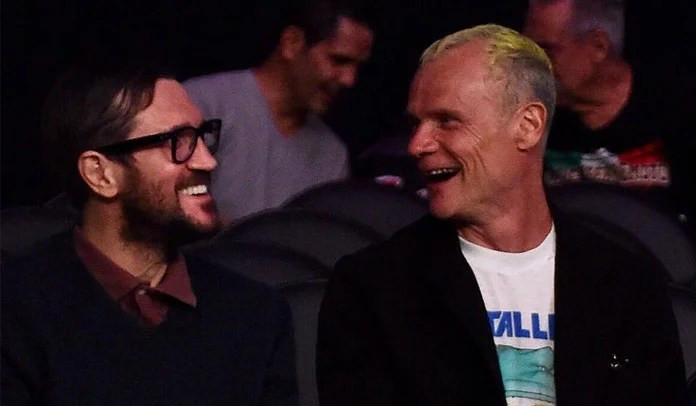Flea e John Frusciante RHCP