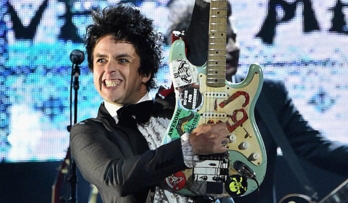 Green Day vende equipamentos usados na carreira
