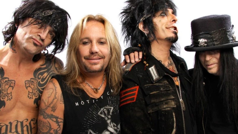 "Mötley Crüe faz cover de ""Like A Virgin"" da Madonna"