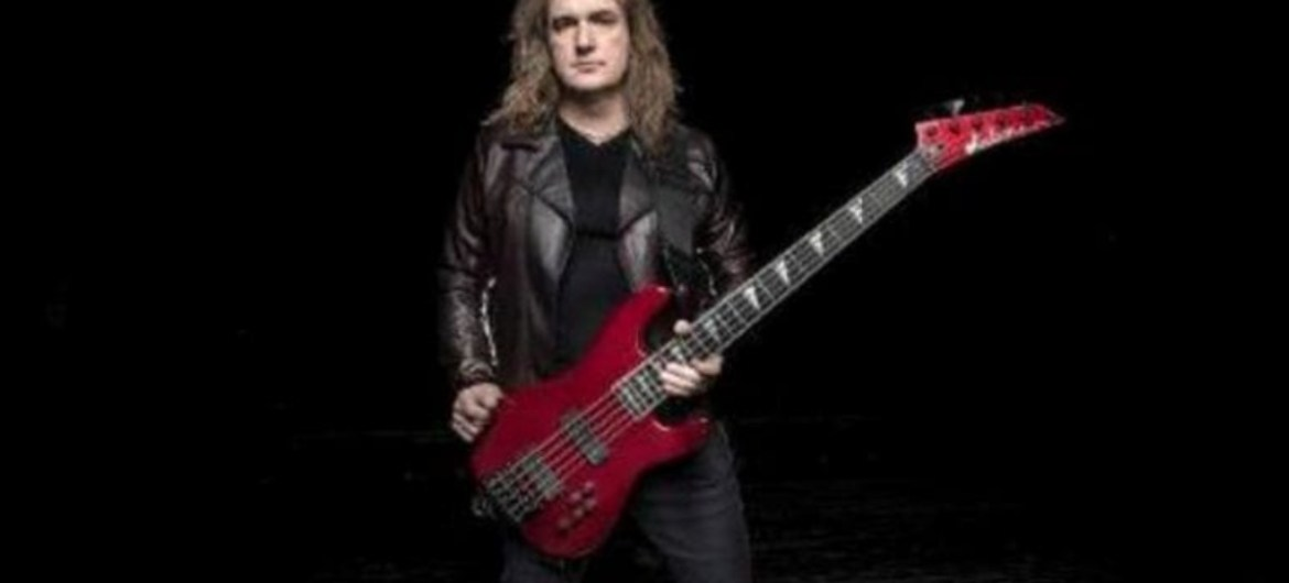 David Ellefson fala mal do som de vinil