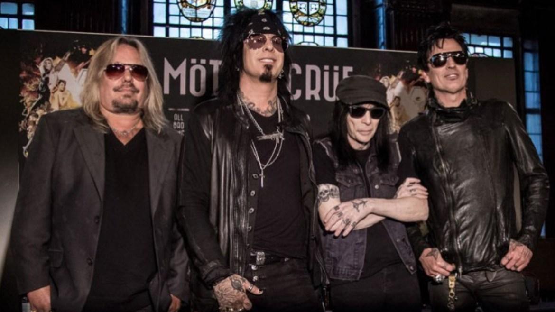 Mötley Crüe volta ao Top 10 da Billboard