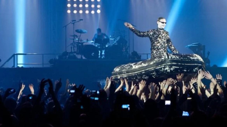 "Rammstein apresenta ""Ausländer"" ao vivo pela primeira vez"