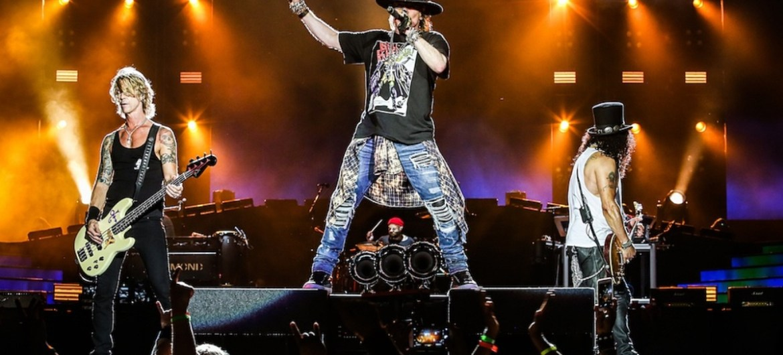 Guns N' Roses deve vir ao Lollapalooza Brasil 2020