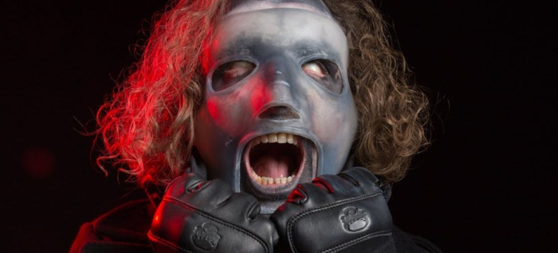Corey Taylor diz que We Are Not Your Kind será pesado, experimental e melódico