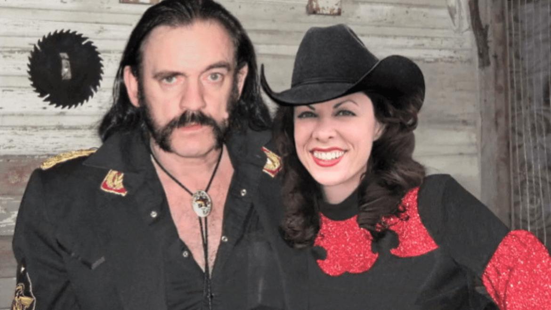 Dueto de Lemmy com cantora country Lynda Kay é encontrado