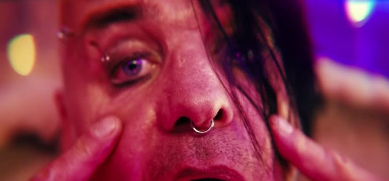 "Till Lindemann lança clipe maluco para single ""Steh Auf"""