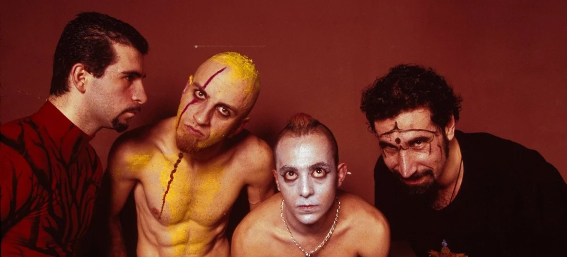 Toxicity, do System Of a Down, completa 18 anos