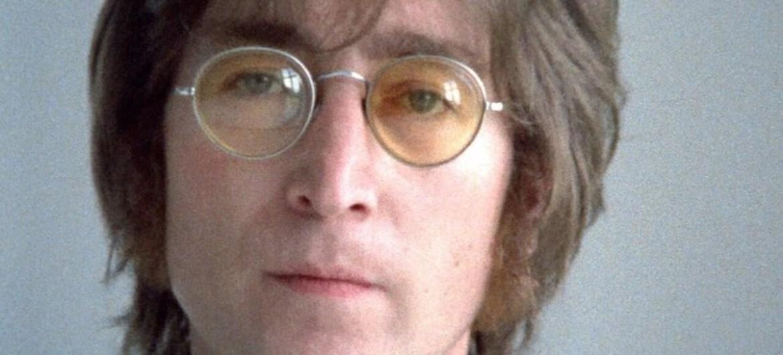 óculos de John Lennon