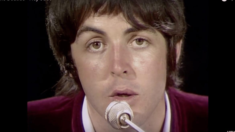 Paul McCartney no clipe de Hey Jude