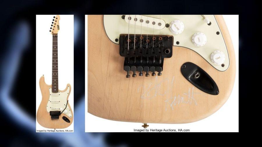 Guitarra de Kirk Hammett em leilão