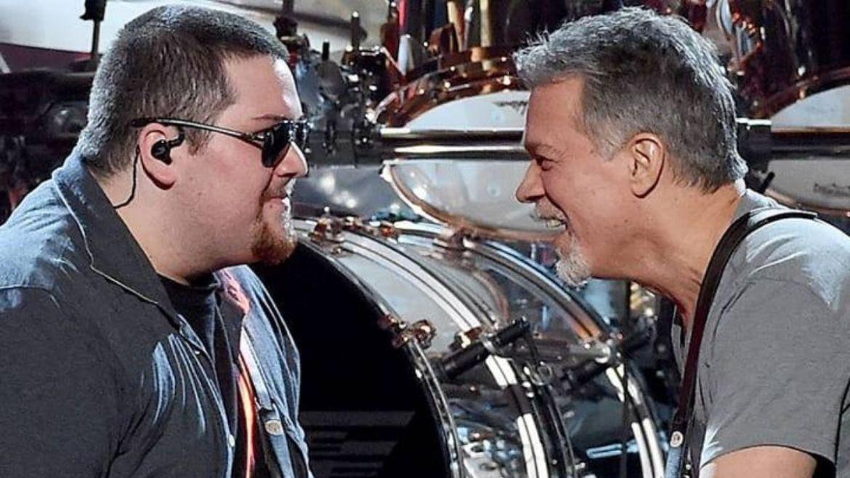Wolfgand e Eddie Van Halen no palco