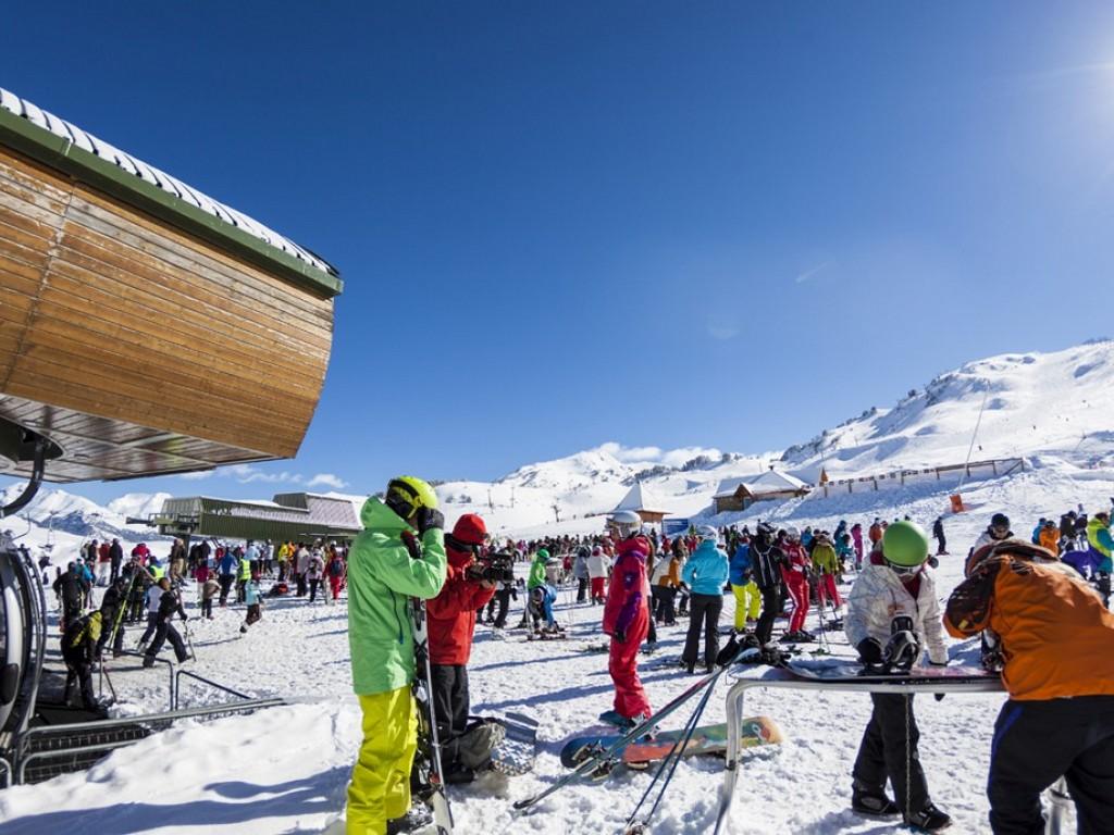 Skiën In Baqueira Beret (Lleida, Catalonië)