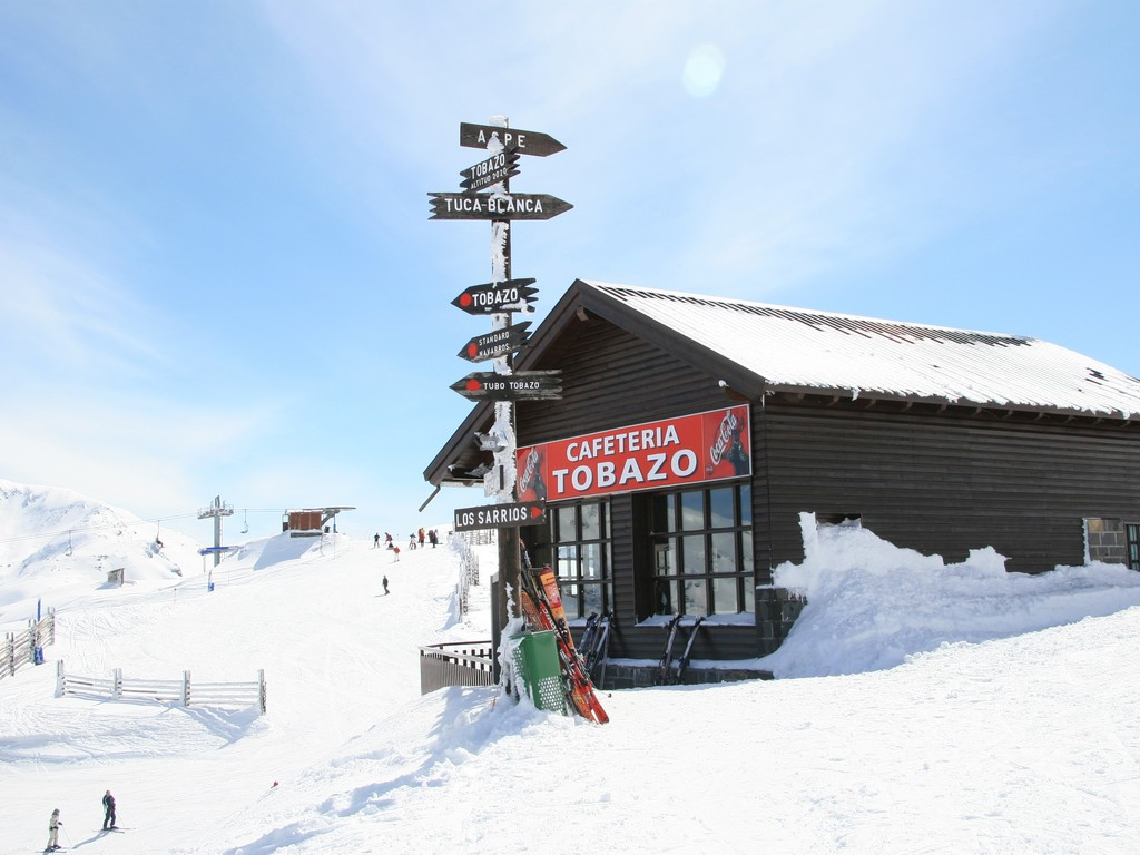 Skiën In Candanchú (Huesca, Aragón)