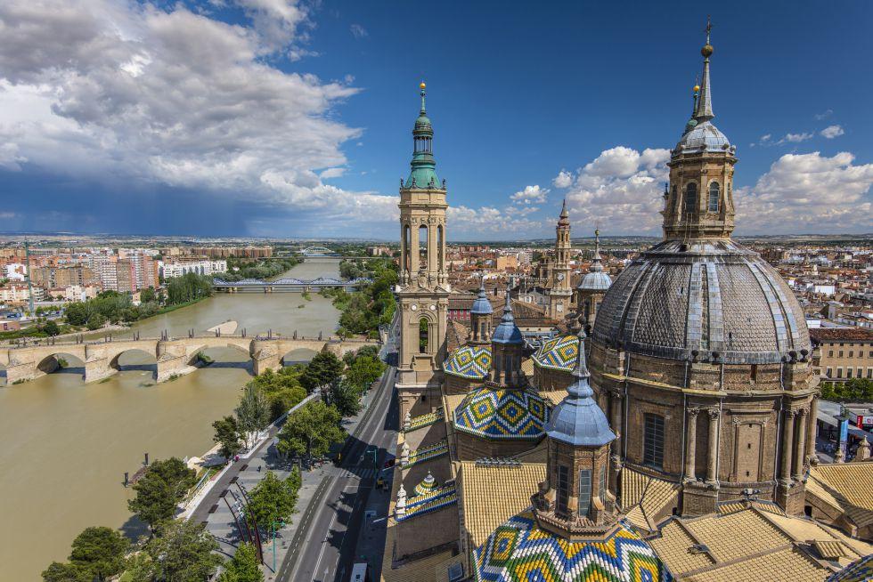 14-basilica-de-nuestra-senora-del-pilar-zaragoza-stefano-politi-marakovina-getty