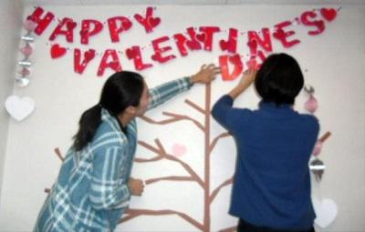 バレンタインツリー準備中1