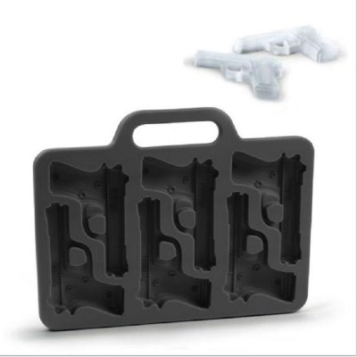 Silicone Military Style Ice Tray - image  on https://www.wild-survivor.co.uk