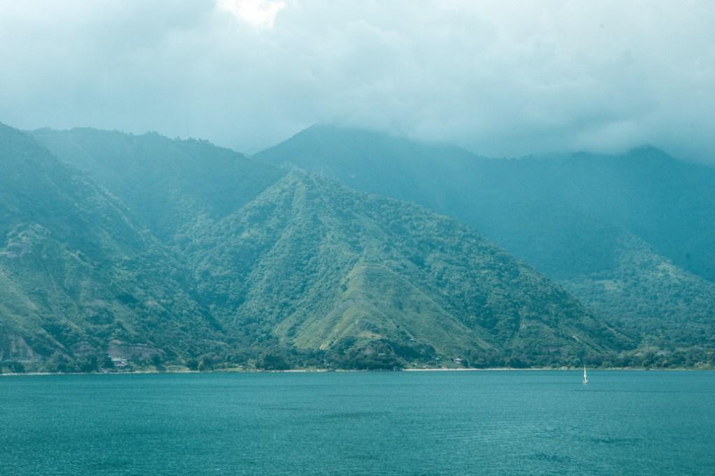 Lago Atitlan in Guatemala