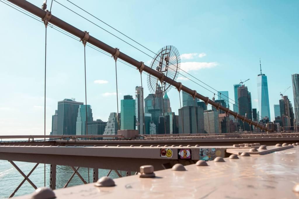 Aussicht von Brooklyn Bridge in New York City