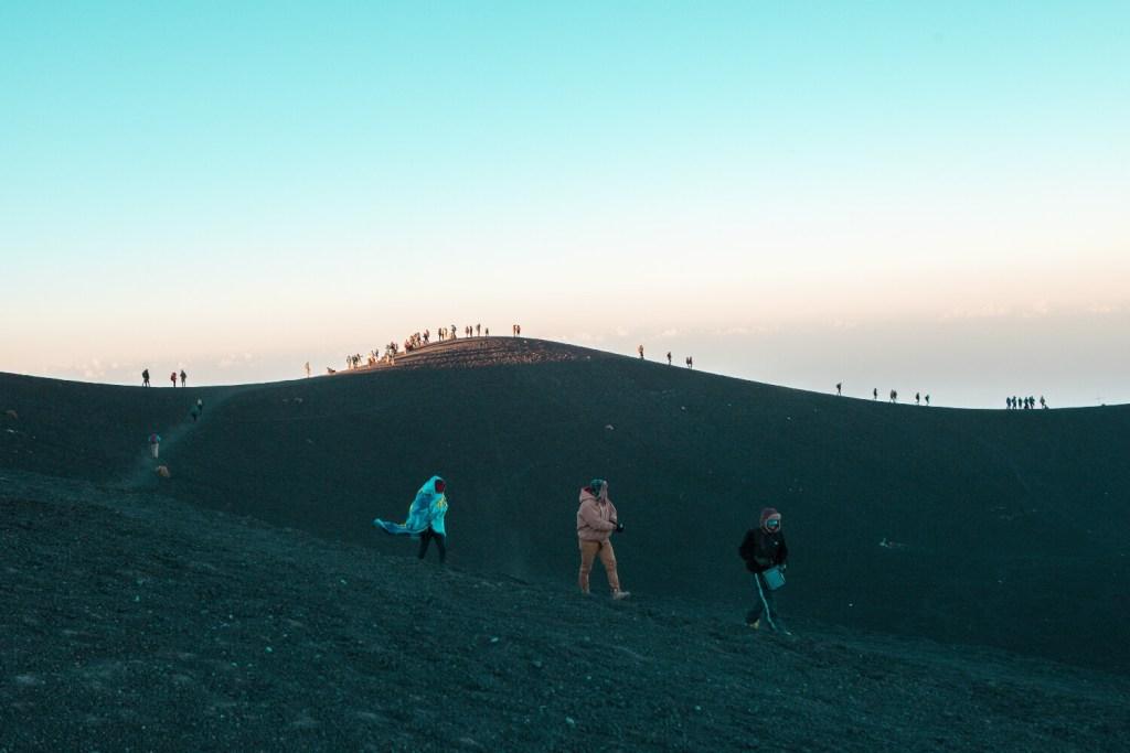 Auf dem Gipfel vom Vulkan Acatenango in Guatemala