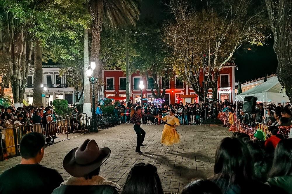 Plaza 31 de Marzo Tanzen