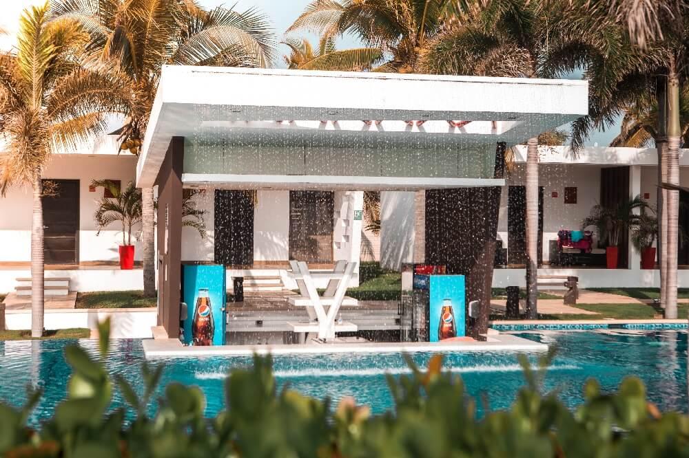 Hotel El Faro Poolbar