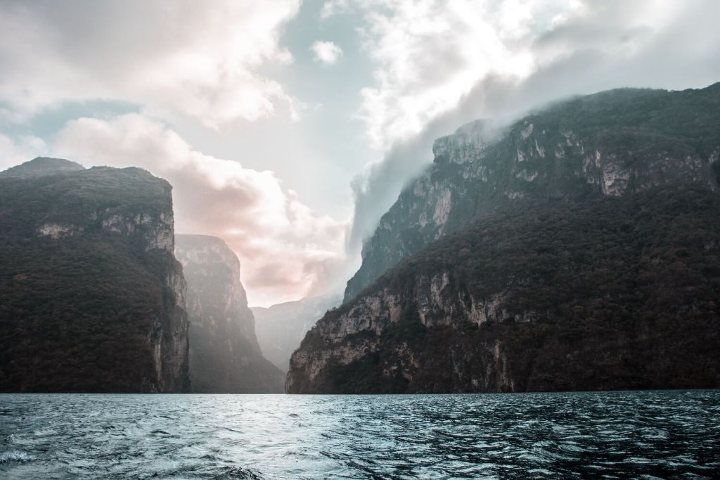Wolkenspiel im Canyon del Sumidero in Chiapas